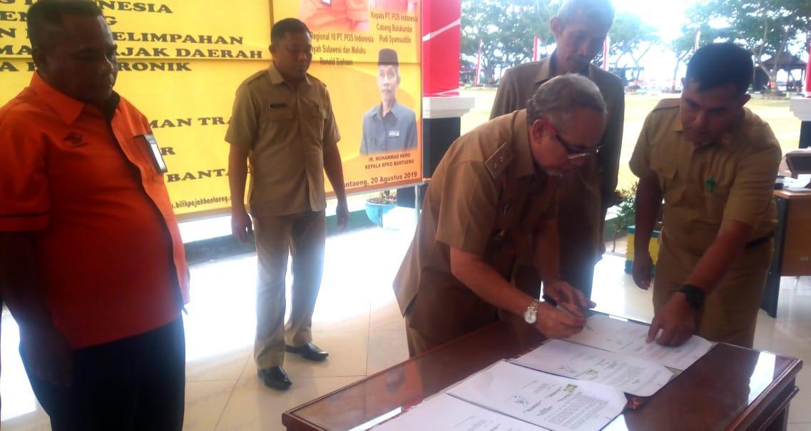 Permudah Bayar Pajak, Pemkab Bantaeng dan PT. POS (Persero) Teken MoU