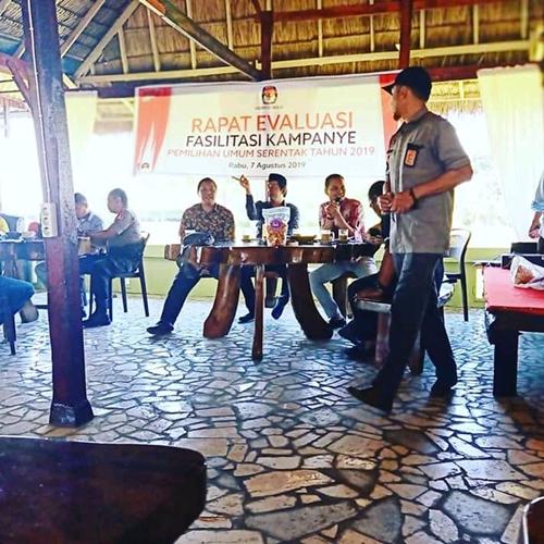 KPU Takalar Gelar Rapat Evaluasi Fasilitasi Kampanye Pemilu Serentak Tahun 2019