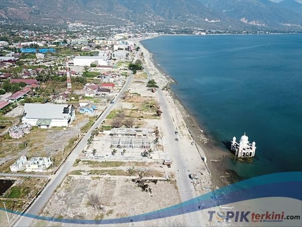 Do'a Massal Mengenang satu tahun Bencana Tsunami di Palu