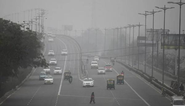 Ibukota India untuk sementara membatasi mobil untuk mengekang polusi