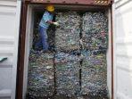 Indonesia mengirim kembali 547 kontainer limbah dari Barat