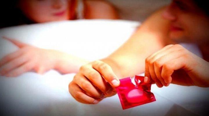 Karena Hamil, Pengantar kondom dituntut Puluhan Juta