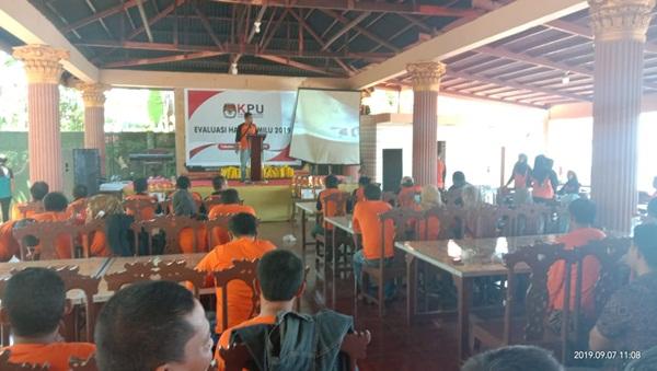 KPU Takalar Lakukan Evaluasi Hasil Pemilu 2019