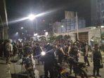 Dua Remaja Mengaku Dibayar Pria Bertopeng Rp 50.000 Untuk Memanah Polisi Saat Demo