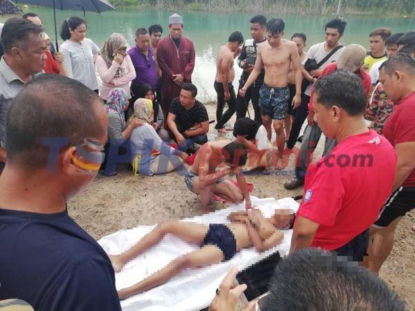 Sekelompok Remaja Berenang di kolam berakhir tragis