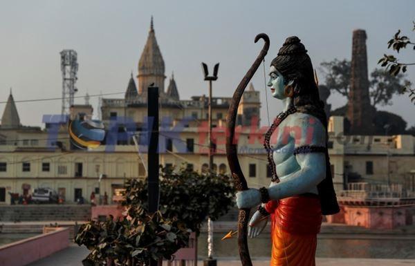 India menahan pengguna media sosial atas posting daring yang meradang setelah keputusan tempat keagamaan