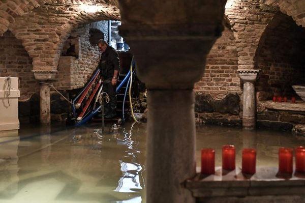 Korupsi disalahkan atas Kehancuran Banjir Venesia