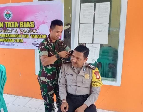 Sinergitas TNI-Polri, Babinsa dan Bhabinkamtibmas Laksanakan Pelatihan Tata Rias