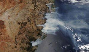 Australia bersiap menghadapi Angin Kencang dan Petir ditengah Kebakaran Hutan