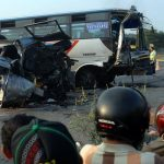 Tabrakan bus di Bandung menewaskan tujuh orang