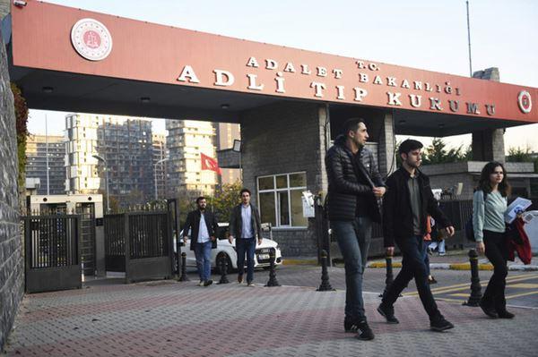 Turki mencoba menjelaskan kematian pendiri White Helmets