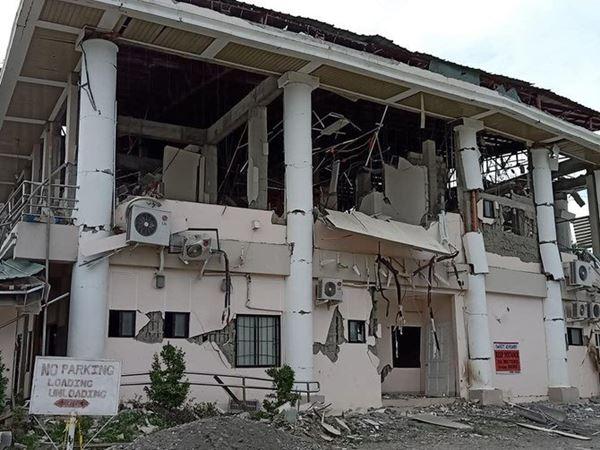 Filipina Selatan Porak-poranda Usai Guncang Gempa berkekuatan 6,8