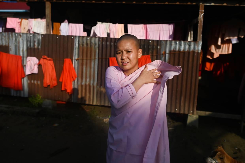 Kiah Sedih, Biarawati anak di Myanmar bermimpi hidup bebas konflik
