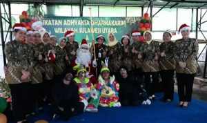 Ikatan Adhyaksa Dharmakarini Sulawesi Utara Mengadakan Acara Santa Claus