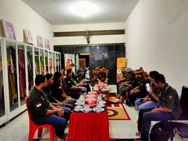 Lembaga Seni Adat dan Budaya Sulsel 'Parewa Bessi' Berkunjung di Kediaman Raja Gowa