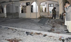 14 Tewas termasuk Polisi senior dalam ledakan Masjid Quetta saat Shalat Magrib