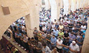 Ketegangan memuncak di Yerusalem saat masjid dan Muslim menjadi sasaran