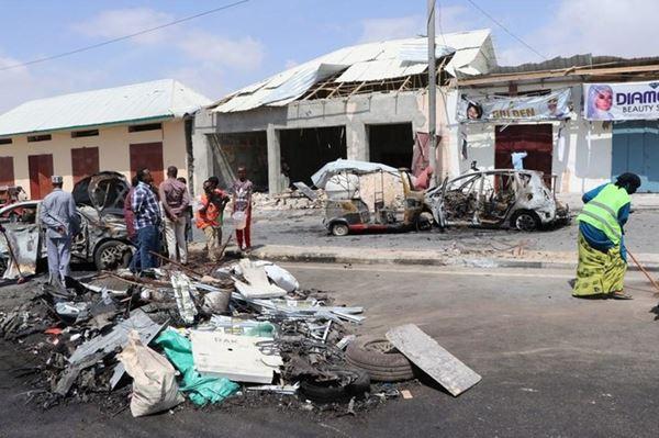 Empat tewas dalam ledakan bom mobil di dekat gedung parlemen Somalia