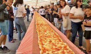 Galang dana untuk Kebakaran Hutan di Australia, Sebuah Restoran Membuat Pizza Ratusan Meter