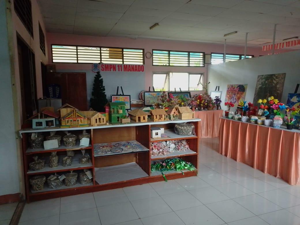 SMP Negeri 11 Manado Tampilkan ART Gallery