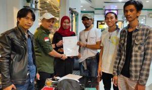 SAH...., Penyerahan SK Lembaga Seni,Adat dan Budaya Sulawesi PAREWA BESSI