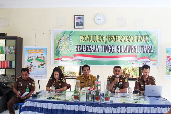 Penerangan Hukum Di Kecamatan Bunaken, Mallaka: Dana Kelurahan Dikelola Sesuai Ketentuan Yang Berlaku