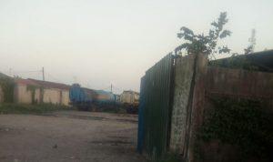 Mobil Tanki Pengangkut CPO Diduga KENCING di Gudang Kawasan Medan Labuhan