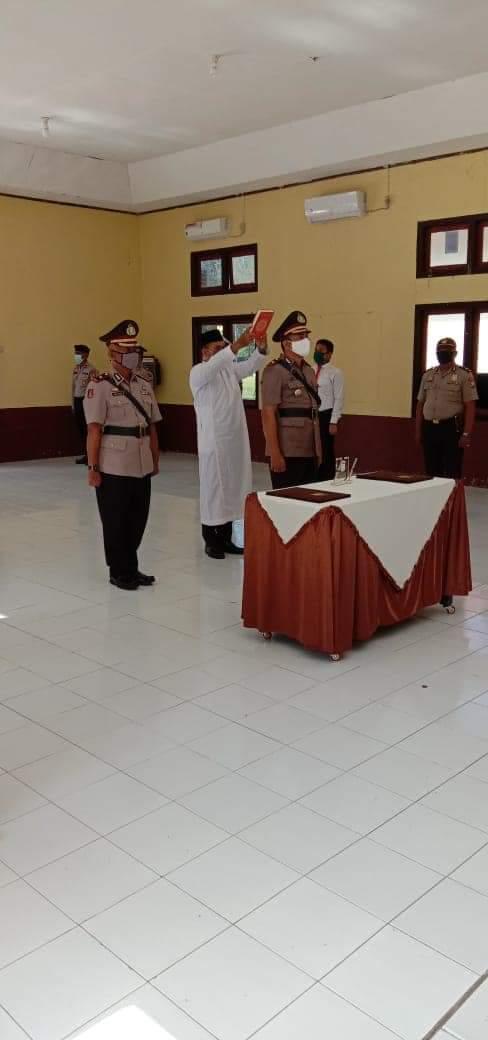 Kapolres Pimpin upacara Setijab Pergantian Wakapolres Halteng