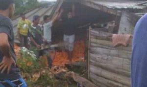 VIDEO Rumah Ambruk Tewaskan 5 Orang di Bone