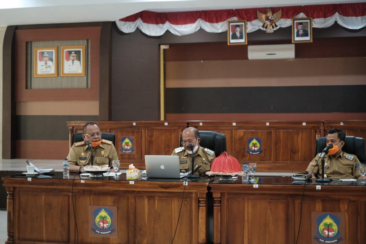 Rapat Koordinasi, Bupati jeneponto pastikan data warga terdampak covid-19 akurat