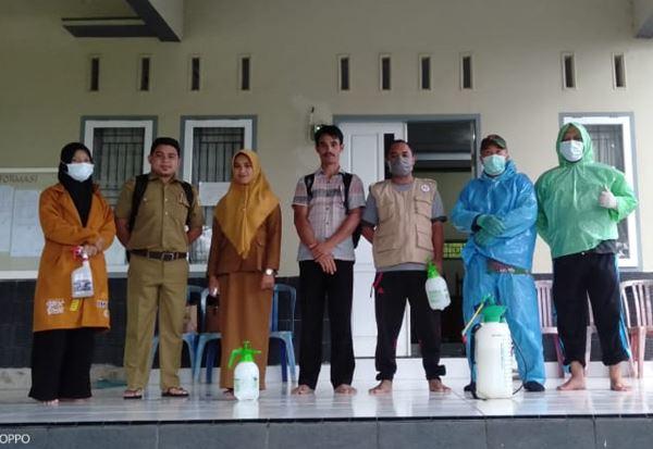 JAPIK Sinjai Bersama GARASHITA Lakukan Penyemprotan Desinfektan di Desa Gunung Perak