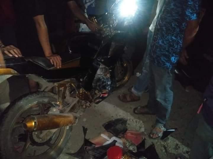 Diduga Belok Tiba-tiba, Motor Sport Minerva Seruduk Mobil Panter di Balang Beru