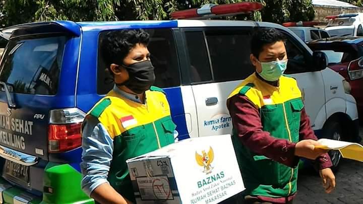 Rumah Sehat BAZNAS Makassar Distribusikan APD ke Puskesmas Wilayah Makassar