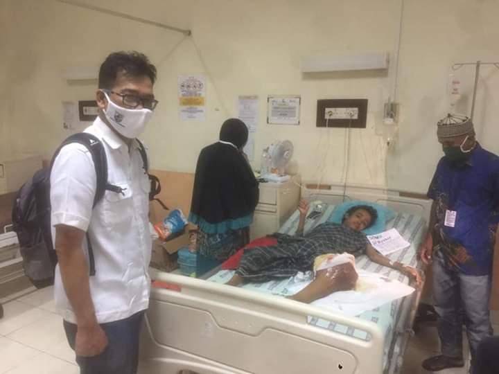 JAPIK dan SAMBORITTA Serahkan hasil Donasi Kepada M Akbar Penderita Tumor warga Bulujaya