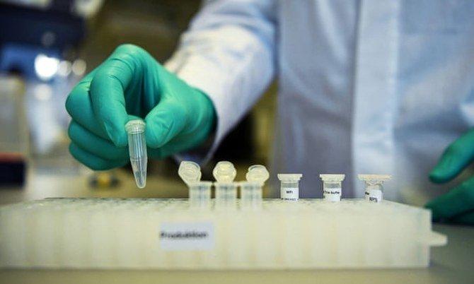 Ilmuwan Italia mengklaim terobosan vaksin coronavirus pertama di dunia