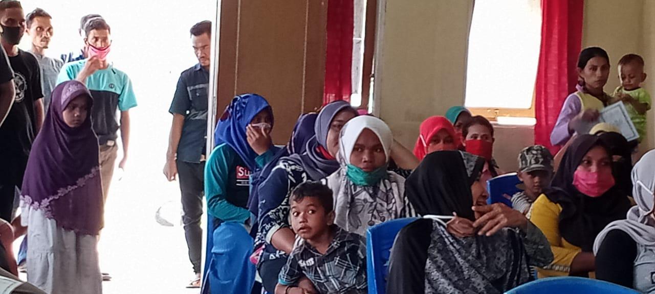Sebanyak 27 KK Warga Dusun Bangko Dapat BLT di Desa Dodinga