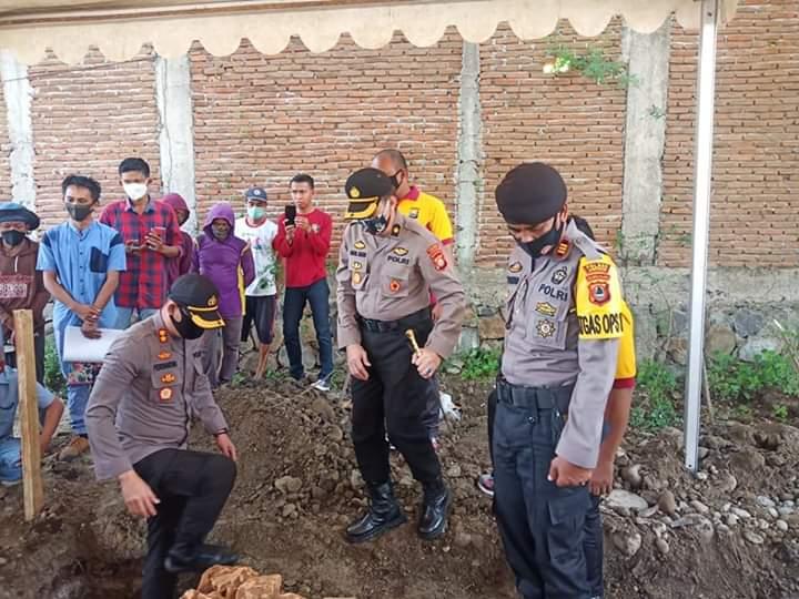 Kapolres Lakukan Prosesi Peletakan Batu Pertama Pembangunan Klinik Polres Jeneponto