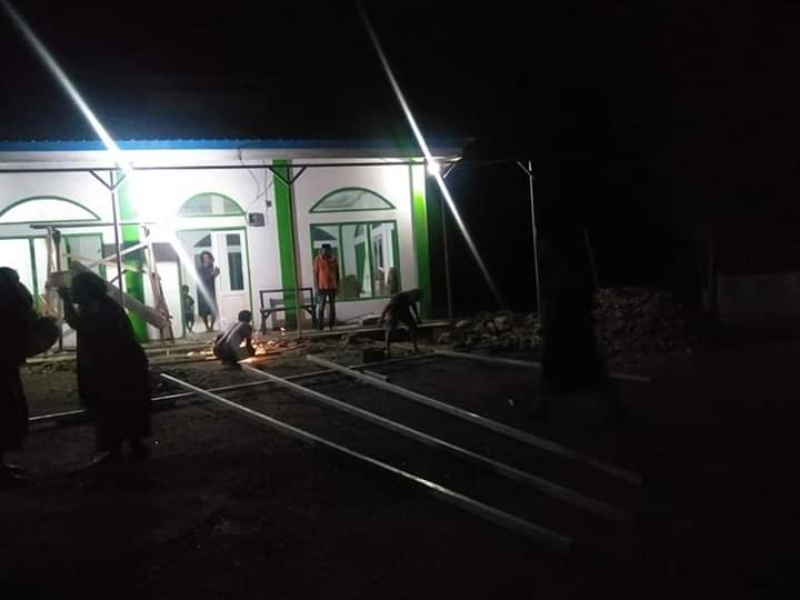 Warga Dusun Punane're Desa Kaluku Bersatu Membangun Musholah