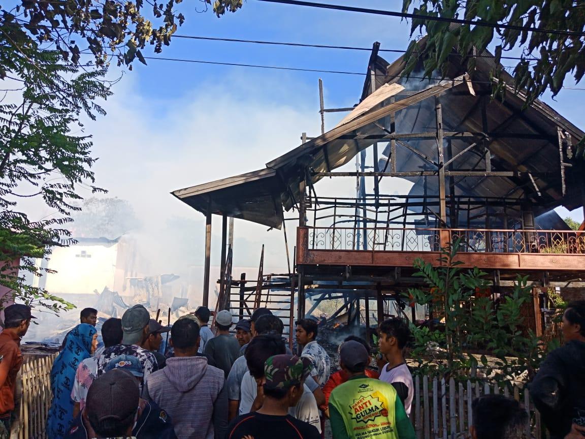 Kebakaran di Jeneponto Hanguskan 8 Unit Rumah