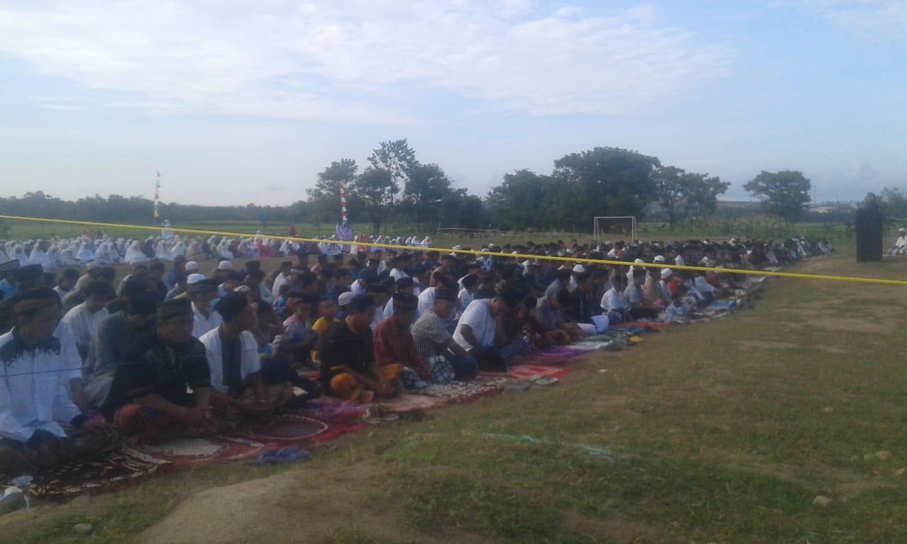 Pelaksanaan Idul Adha di Desa Lentu Digelar di Lapangan Olah Raga yang baru
