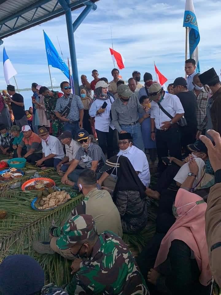 Hadiri Pesta Nelayan Desa Ogotua, Bupati Tolitoli Berbaur denga Warga