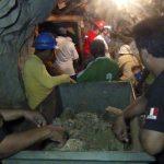 Tim penyelamat kembali menarik 8 mayat dari tambang yang runtuh, Jumlah korban jiwa menjadi 16 Orang