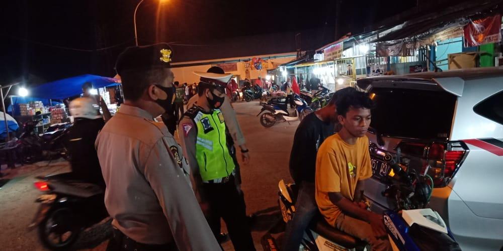 Personil Polres Sinjai Rutin Patroli Blue light dan Operasi Yustisi Protkes