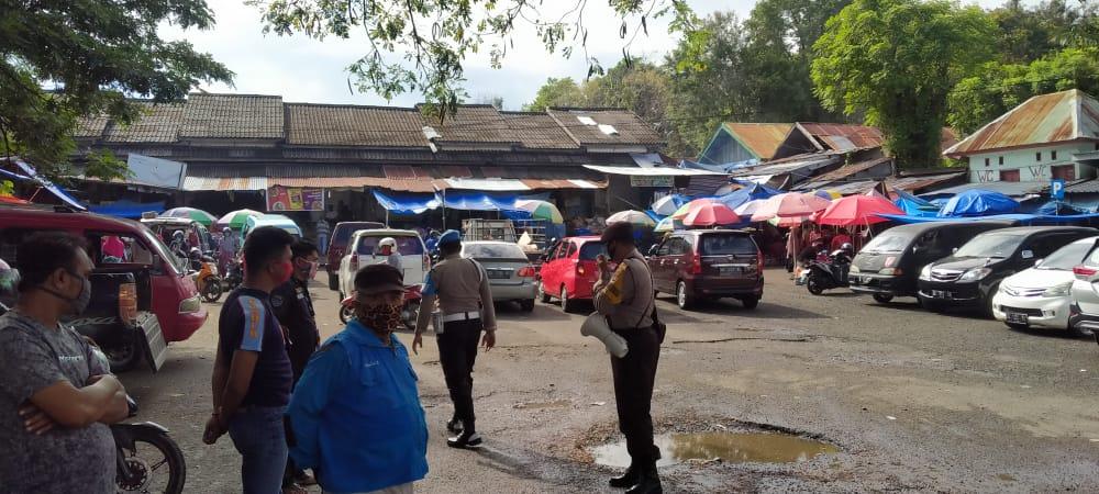 Polsek Sinjai Utara Polres Sinjai Lakukan Ops Yustisi di Pasar Sentral
