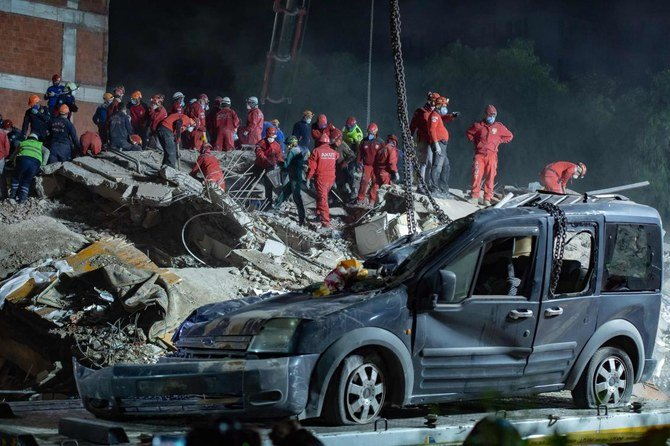 Korban tewas akibat gempa Turki meningkat menjadi 100: badan bencana