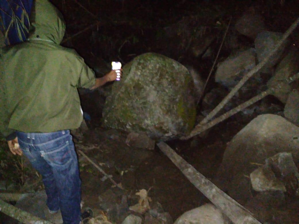 Warga Sinjai Barat Ditemukan Tewas tertindis batu saat Mencongkel Batu Gunung di Kebunnya