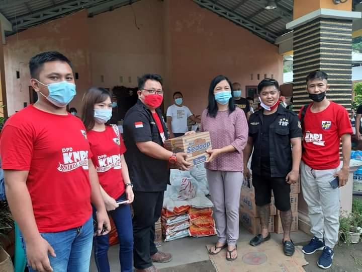 KNPI Minsel berikan bantuan ke korban bencana, Umpel: Pemkot Manado harus perhatikan masalah ini
