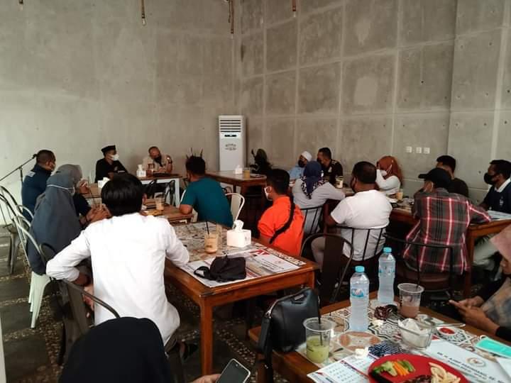 Anggota MPR Ajiep Pandindang Dengar Pendapat dengan Penyuluh KB dan Pekerja Sosial Luwu Timur