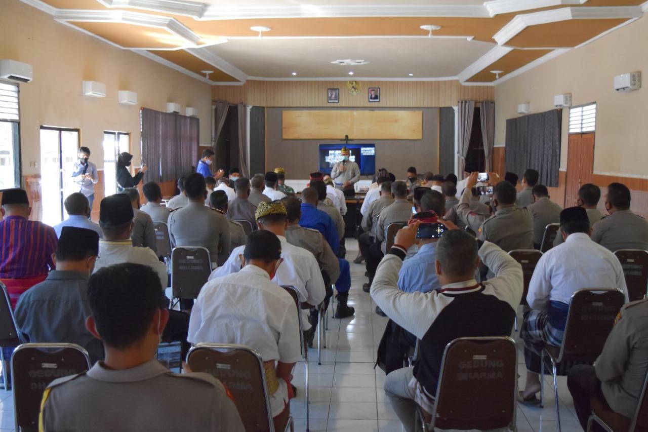 Bupati Lombok Timur Minta Vaksinasi Untuk LANSIA Ditingkatkan