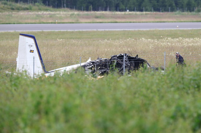 9 tewas ketika pesawat terjun payung jatuh di Swedia